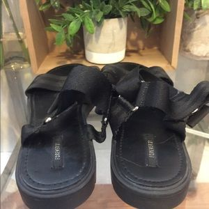 Forever 21 Shoes - BNWOT! Forever 21 Black Flat Sandal 9